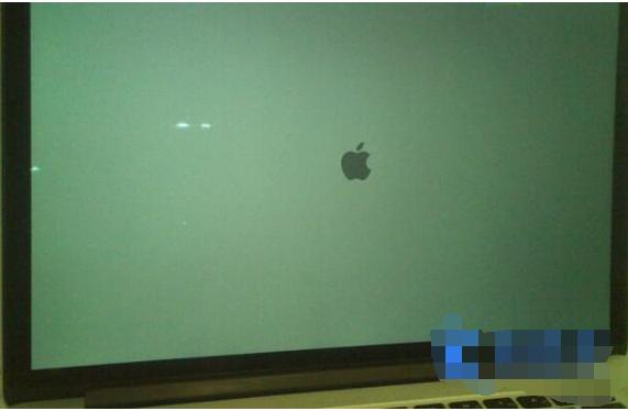 苹果笔记本电脑设置一键U盘启动教程